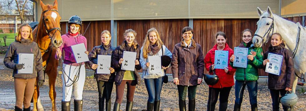 Dressurwettbewerb der Reit-AG